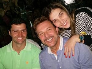 Deputado eleito, Cassio Navarro comemorou ao lado de familiares e amigos (Foto: Divulgação)
