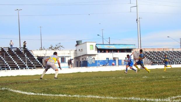 O Tufão não tomou conhecimento do adversário e aplicou 6 a 0, jogando em casa (Foto: Adeilson Albuquerque/GLOBOESPORTE.COM)