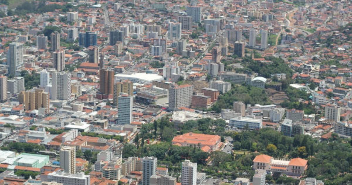 Entre contrastes e belezas, Poços ainda é um dos destinos preferidos - Globo.com
