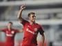 Comentarista elogia postura ofensiva do Inter para vencer o Santos na Vila