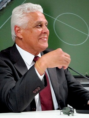 Roberto Dinamite na coletiva do Vasco (Foto: Gustavo Rotstein / Globoesporte.com)