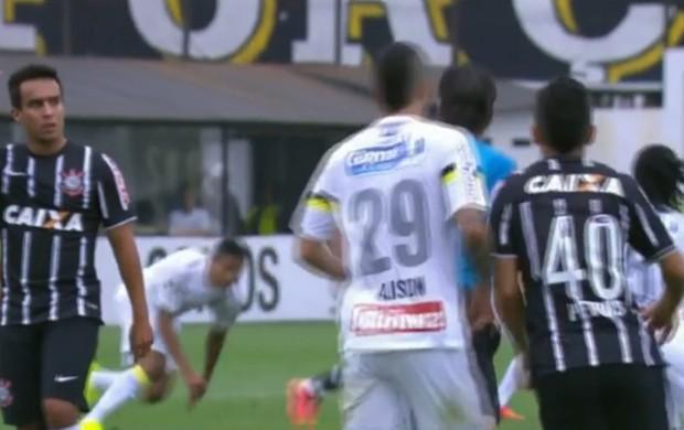 Petros momentos antes de trombar com árbitro (Foto: Reprodução SporTV)