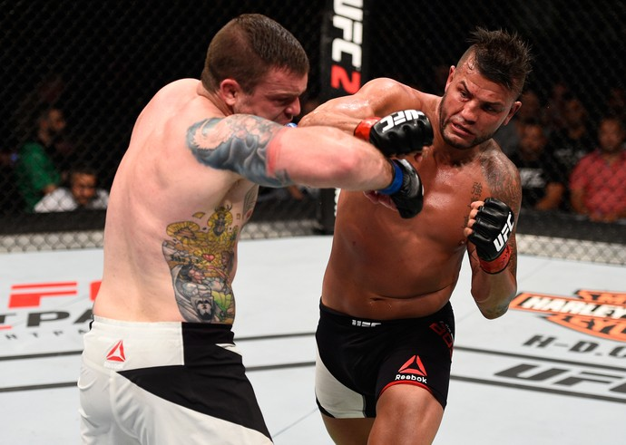 Steve Bosse Sean O'Connell UFC Ottawa (Foto: Getty Images)
