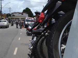 Operação objetiva impedir crimes de infração de trânsito e transporte de drogas (Foto: Walter Paparazzo/G1)