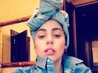Usando turbante, Lady Gaga faz cara sexy em foto de rede social