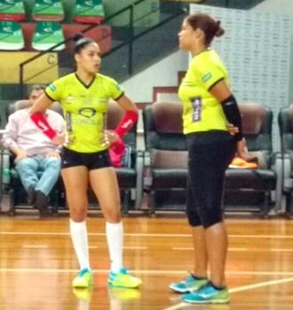 Brenda Castillo, Prisilla Rivera, treino, Vôlei Bauru (Foto: Fernanda Ubaid / TV TEM)
