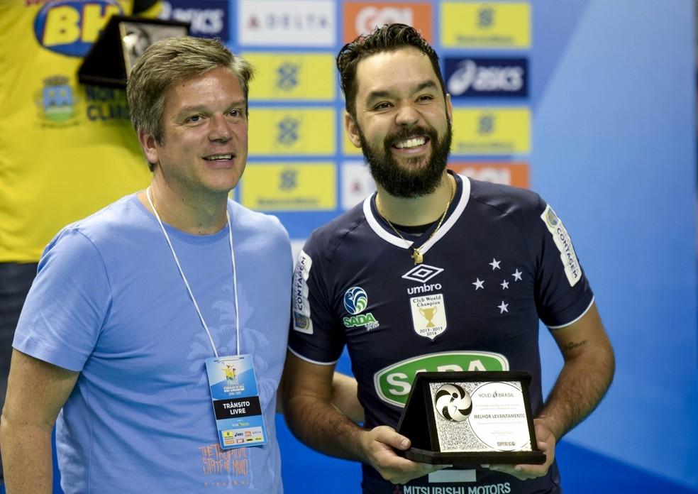 William Cruzeiro melhor levantador Superliga Masculina (Foto: Divulgação/Inovafoto/CBV)