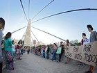Ato contra governo  lembra estupro coletivo (Maurício Gil)