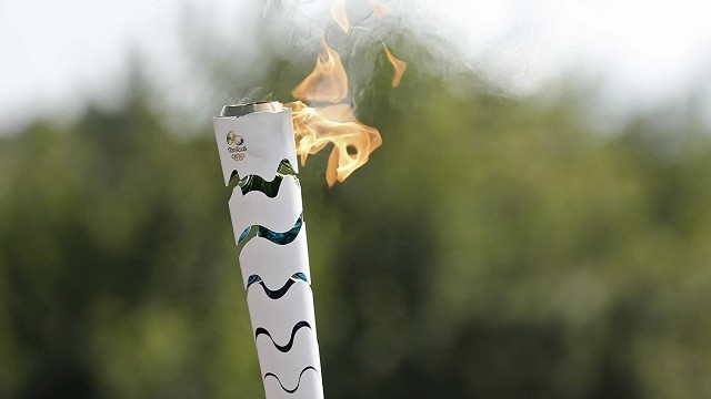 Tocha olímpica passa pela Baixada Santista (Foto: Reprodução/ Facebook Rio 2016)