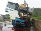 Acidente com 4 veículos na BR-262 deixa feridos no Centro-Oeste de MG