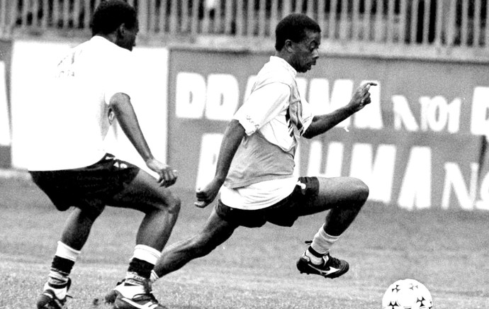 Dener no treino do Vasco arquivo (Foto: J. Sports / Futura Press)