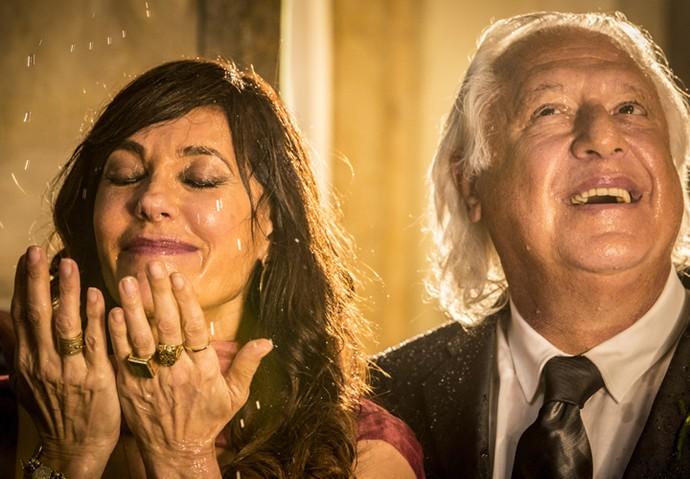 Iolanda e Afrânio reencontraram o amor após anos e anos (Foto: Felipe Monteiro/ Gshow)