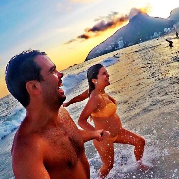 Bárbara Borges e o marido (Foto: Reprodução / Instagram)