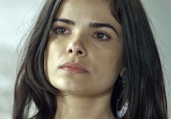 Tóia fica preocupada com o sumiço de Romero (Foto: TV Globo)