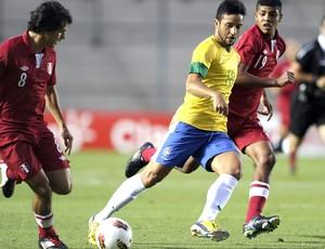 Felipe Anderson, Brasil e Peru, Sub-20 (Foto: Agência AFP)