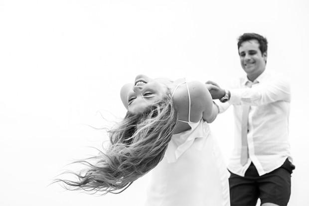 Vesgo e a noiva, Gabi Baptista, em ensaio pré-casamento (Foto: Tempo Digital / Divulgação)