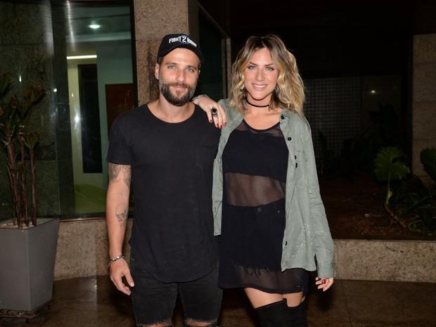 Bruno Gagliasso e Giovanna Ewbank em festa na Zona Oeste do Rio (Foto: Leo Marinho/ Brazil News)