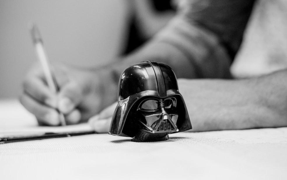 Miniatura do personagem Darth Vader durante a cerimônia de casamento (Foto: Estúdio Story Makers)