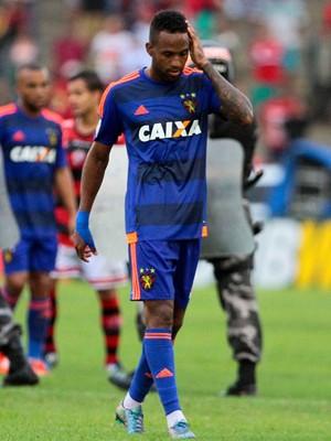 Lenis sport (Foto: Aldo Carneiro/Pernambuco Press)