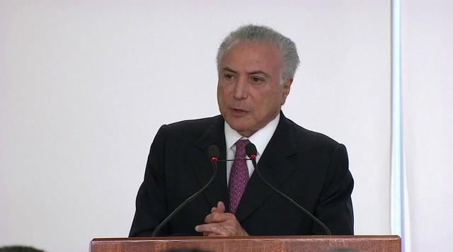 Temer considera 'intolerável' ataque a Bolsonaro