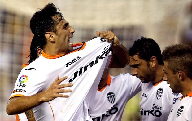 JOnas valencia gol Sevilla (Foto: Agência EFE)