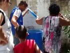 Agentes fazem ações para combater mosquito em Paulista
