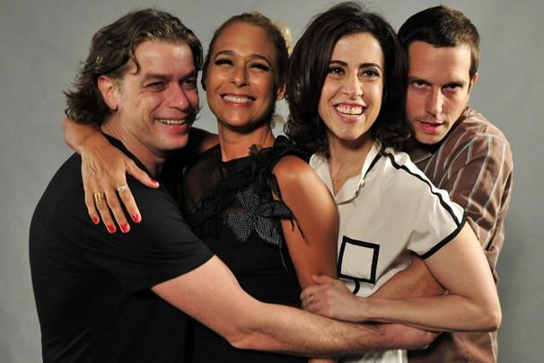 Fabio Assunção, Andréa Beltrão, Fernanda Torres e Vladimir Brichta, no lançamento da nova temporada de Tapas e Beijos (Foto: Alex Carvalho/Rede Globo)