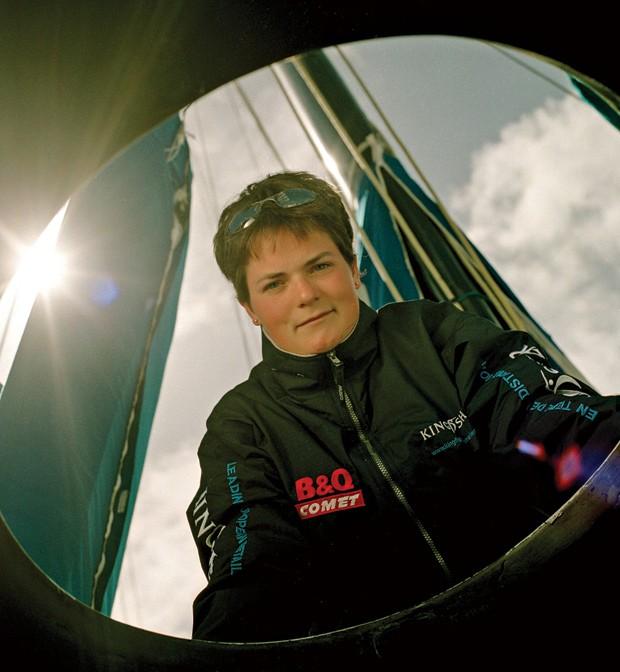 Carreira;Entrevista;Ellen MacArthur;Peregrinação Depois de dar a volta ao mundo em um barco em tempo recorde, Ellen tem nova missão: convencer executivos a repensar os negócios (Foto: Simon Roberts/Eyevine)