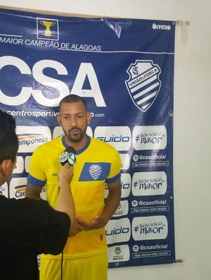 Everton Heleno, volante do CSA (Foto: Augusto Oliveira / GloboEsporte.com)