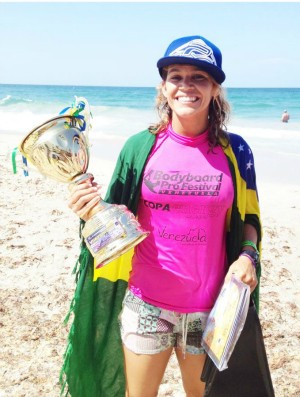 Isabela Sousa, bicampe&#227; mundial na Venezuela (Foto: Divulga&#231;&#227;o)