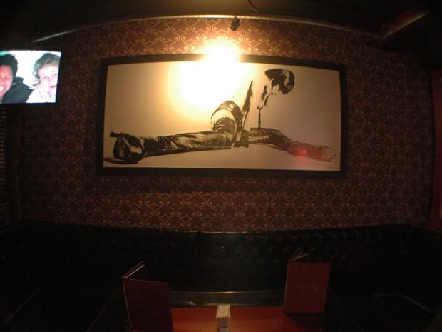 O nome do bar é uma homenagem à personagem de quadrinhos Valentina, criada por Guido Crepax nos anos 1960 (Foto: Daniel Bittencourt/G1 RS)