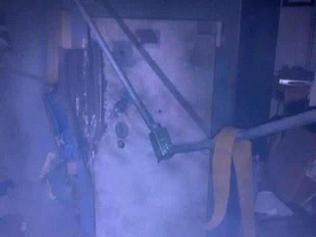 Agência ficou destruída com a explosão (Foto: Brigada Militar/Divulgação)