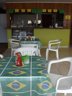 Bar temático em Guajará-Mirim (Foto: Dayanne Saldanha)
