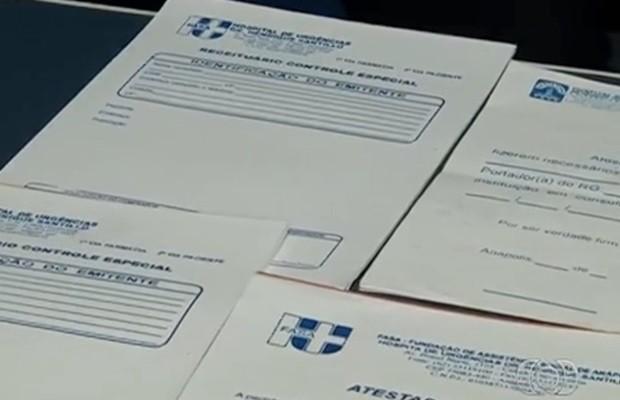Atestados médicos do Huana foram apreendidos com os suspeitos (Foto: Reprodução/TV Anhanguera)