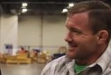 "Pat Miletich afirma que Matt Hughes saiu do coma: ""Está surpreendendo"""