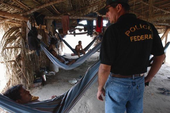 trabalho-escravo-policia (Foto: Marcello Casal Jr/Agência Brasil)