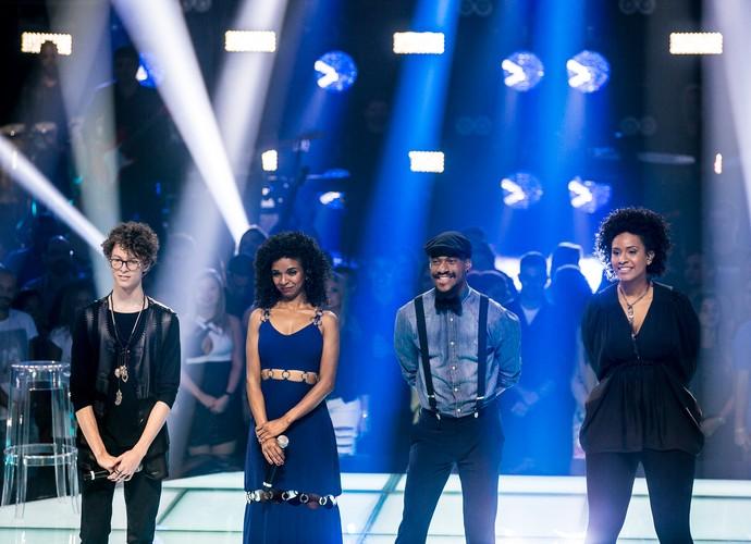 Ayrton, Cris, Nando e Thaís cantaram pelo Time Lulu (Foto: Isabella Pinheiro/Gshow)