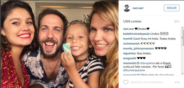 Sophie Charlotte com o padrindo e a madrinha de Otto, seu filho com Daniel de Oliveira (Foto: Reprodução/Instagram)
