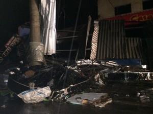 Chuva causou série de estragos em Jarinu (Foto: Rafael Fachim/TV TEM)