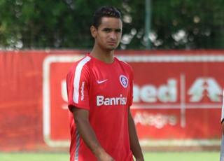 Bruno Gomes foi incorporado ao elenco de Diego Aguirre (Foto: Diego Guichard)