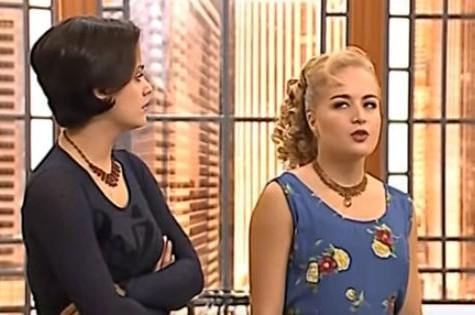 Paula Sanioto em cena com Angélica em 'Caça talentos' (Foto: Reprodução)