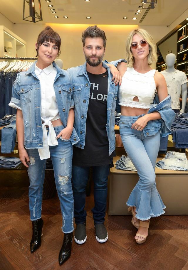 Fernanda Paes Leme, Bruno Gagliasso e Giovanna Ewbank (Foto: Divulgação)