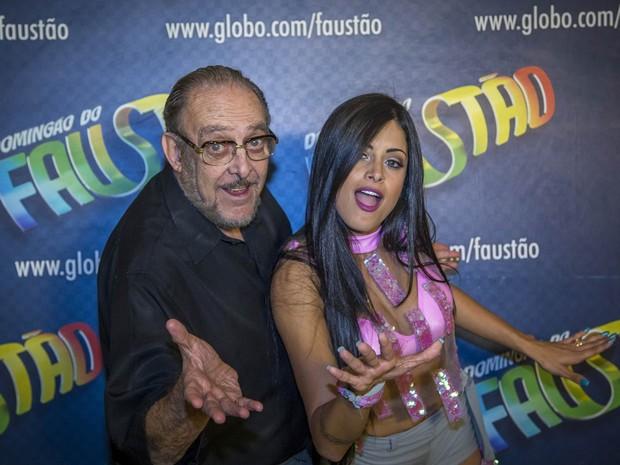Luiz Carlos Miele e a bailarina Aline Riscado, dupla que competiu no quadro 'Dança dos Famosos' do Faustão, em julho de 2014 (Foto: Paulo Belote/Rede Globo/Arquivo)