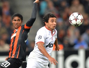 Rafael jogo Manchester United contra Shakhtar (Foto: AFP)