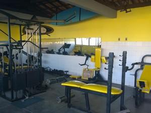 Equipamentos novos na sede da Salvamar, em Patamares. (Foto: Denise Paixão/ Do G1 BA)