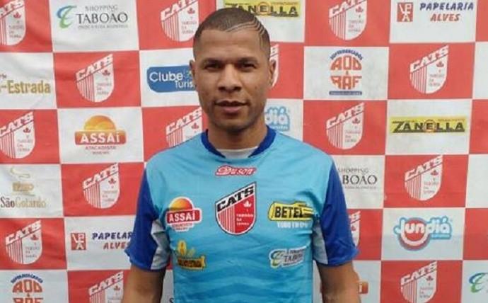 Zagueiro André Luís é apresentado no Taboão da Serra (Foto: Reprodução Facebook)