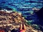 Suposto affair de Enzo posta foto de biquíni na Croácia