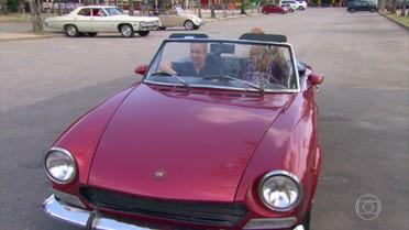 Tonico Pereira mostra coleção de carros antigos para Angélica