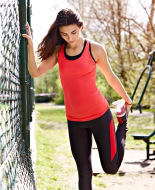 28402d7b1af93 5+: alongamento ajuda na melhora da flexibilidade de quem corre; veja tipos
