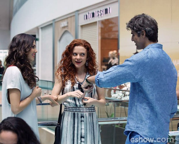 Tainá Müller, Gianecchini e Maria Eduarda de Carvalho em gravação (Foto: (Foto: Carol Caminha / TV Globo))